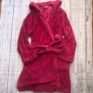 Ulta hot pink fleece robe w/pockets and hood L/XL